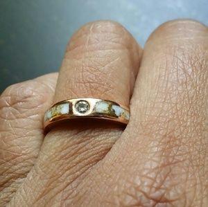 Diamond Abalone  18K gold ring size 3
